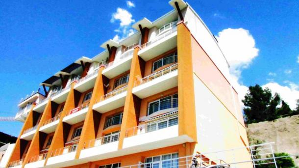 Двухэтажные апартаменты у моря в Отрадном