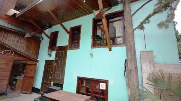 Дом с сауной и бильярдом в Магараче