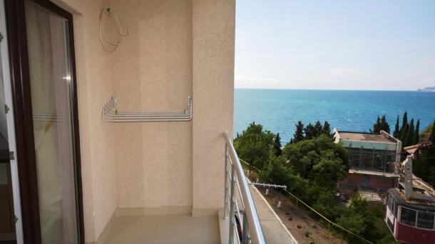 Однокомнатная квартира у моря в Ялте