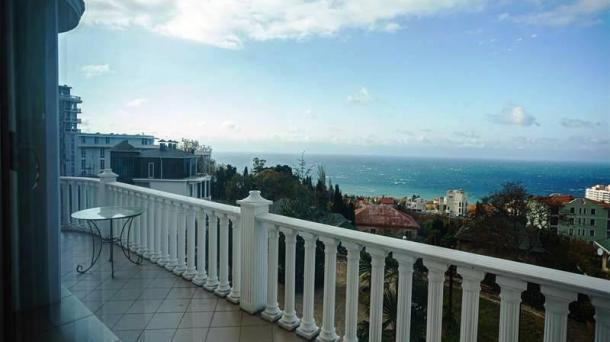 Аренда двухкомнатных апартаментов в Ливадии