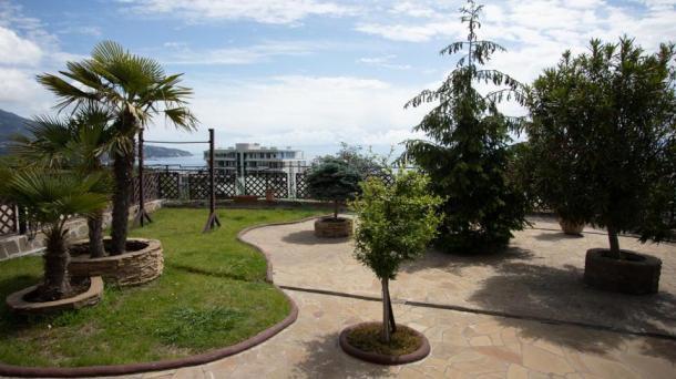 Аренда апартаментов с балконом в Ливадии