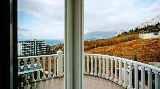 Аренда апартаментов в Ливадии с двумя спальнями